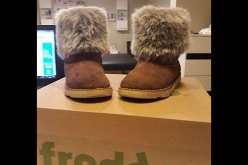 Prodám zimní dětské válenky kompromisní značky Froddo, velikost 24