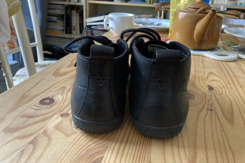 Vibobarefoot Gobi leather Black vel.37